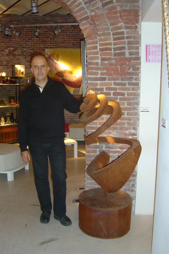 16_EXPOSICIÓNNAC2005