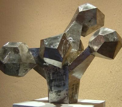 Explosión de poliedros – Artes Metálicas