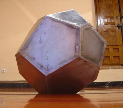 Gran poliedro – Artes Metálicas