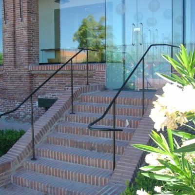 Barandilla residencial estudiantes – Artes Metálicas